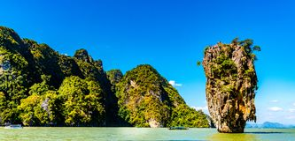 Phang Nga海湾的詹姆斯庞德海岛在普吉岛,泰国附近 库存图片