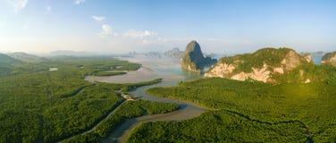 Phang Nga海湾Paronamic鸟瞰图  库存照片