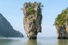 Phang Nga fjärd, James Bond Island Royaltyfri Foto