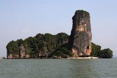 Phang Nga sur la mer en Thaïlande Île tropicale Photographie stock libre de droits