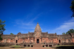 Phanom ringde historiskt parkerar den huvudsakliga templet Royaltyfri Fotografi