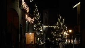 Phantasmagorical atmosfera bożonarodzeniowe światła w starym miasteczku FDV zbiory