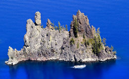 Phantom Ship Island Blue Crater Lake Oregon Royalty Free Stock Images