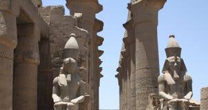PHARAON statua W świątyni Fotografia Royalty Free