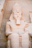 Pharaoskulptur in Abu Simbel Stockfotografie