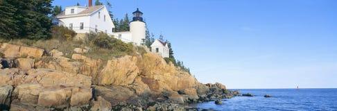 Phare chez Bass Harbor Head, parc national d'Acadia, Maine Photographie stock