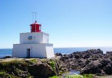 Phare d'Amphitrite dans Ucluelet, île de Vancouver, col britannique photos libres de droits