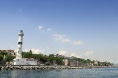 Phare dans Sarayburnu, Istanbul - Turquie Photographie stock libre de droits