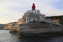 Phare de Madonetta, entrée au Golfe de Bonifacio, Corse du sud, France Image libre de droits