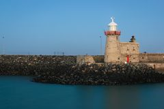 Phare de port la nuit Howth dublin l'irlande photos libres de droits