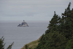 Phare A de roche de Tillamook photo libre de droits