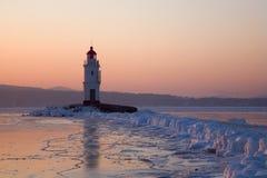 Phare de Tokarev, détroit est de Bosfor, Vladivostok Photographie stock libre de droits