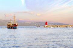 Phare de ville de Krk, Croatie photos libres de droits