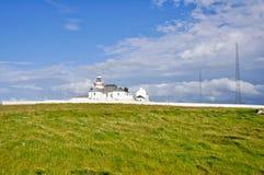 Phare des falaises de tête de boucle, Irlande Images libres de droits