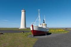 Phare et bateau en Islande Image stock