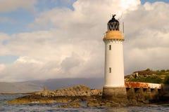 Phare et pilier sur Eilean Bàn Photographie stock libre de droits