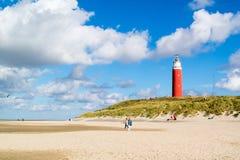 Phare et plage de De Cocksdorp sur l'île de Texel, Netherland image stock