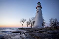 Phare Moonset de Marblehead Images stock