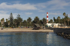 Phare, plage et musée de Swakopmund images stock