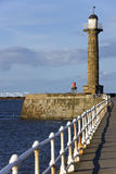 Phare - Whitby Yorkshire - en Angleterre Photo stock