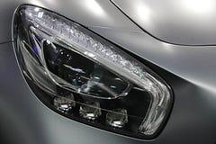 Phares de LED sur la voiture exclusive allemande moderne de coupé Photos libres de droits