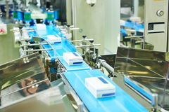Free Pharmaceutical Production Line Stock Images - 61363014