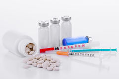 Pharmacology tablets vials syringes Stock Images
