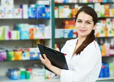 Free Pharmacy Chemist Woman In Drugstore Royalty Free Stock Photography - 20302987