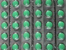 Pharmazeutische Medikation und Pillen in den Sätzen Lizenzfreie Stockfotos
