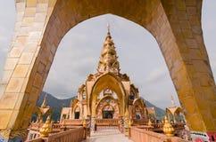 Phasornkaew寺庙 免版税库存图片