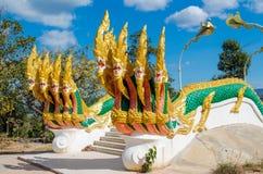 Phaya Naga chronią Świątynnego Wat w Tajlandia zdjęcia stock