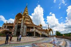 Buddhist tourists sightseeing beautiful Buddhist church Stock Images