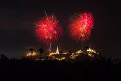 Phetchaburi省每年节日烟花 库存照片