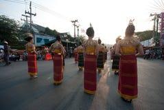 Phranakhonkhiri在街道的节日游行2013年 免版税库存图片