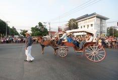 Phranakhonkhiri Festivalparade 2013 auf Straße Stockfoto