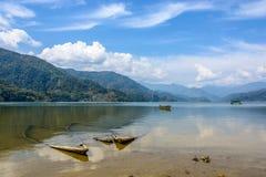 Phewa湖在博克拉 免版税库存照片