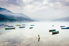 Phewa jezioro w Pokhara, Nepal Zdjęcia Royalty Free