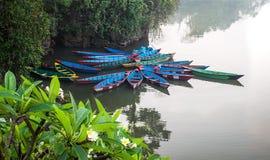 Phewa-lago prima di alba Immagini Stock Libere da Diritti