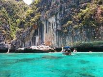 phi τοπίων νησιών βαρκών μαγική ανατολή ταϊλανδική Ταϊλάνδη Στοκ Φωτογραφίες