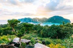 Phi Дон Phi Koh залива точки зрения в море andaman, островах k Phi Phi Стоковая Фотография