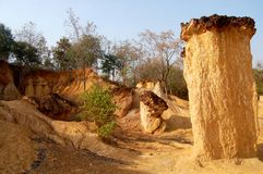 Phi de Phae Mueang em Pae Mueng Pee Royal Park em Phrae, Tailândia Fotografia de Stock