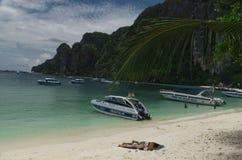 Phi Phi Island Thailand, abril de 2013 Fotos de archivo libres de regalías