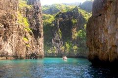 Phi Phi νησιά - η παραλία - Ταϊλάνδη Στοκ φωτογραφία με δικαίωμα ελεύθερης χρήσης