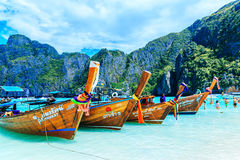 PHI-PHI EILAND, KRABI, THAILAND - NOVEMBER 11, 2016: Longtrail B Stock Afbeelding
