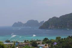 Phi Phi Island siktspunkt Arkivbild