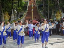 PHICHIT,THAILAND-OCTOBER 28:一个小组泰国舞蹈家,Unidenti 免版税库存照片