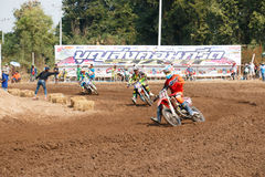 Phichit, Tailândia, dezembro 27,2015: Motocicleta extrema do esporte, a competição do motocross, o cavaleiro do motocross e bom m Fotografia de Stock