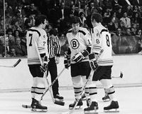 Phil Esposito, Carol Vadnais u. Ken Hodge, Boston Bruins Lizenzfreies Stockfoto