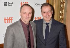Phil Hay e Matt Manfredi na premier de filme do ` do contratorpedeiro do ` no festival de cinema internacional 2018 de Toronto imagem de stock