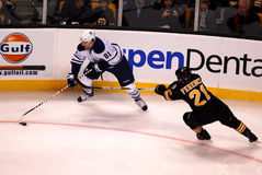 Phil Kessel et Andrew Ference Images stock